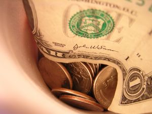 Is A Service Charge A Gratuity? | Tips For Improving Your Tips