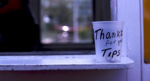 Freakonomics » Should Tipping Be Banned? A New Freakonomics Radio Podcast