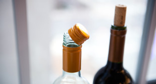 Cork Versus Screw Cap: Don't Judge A Wine By How It's Sealed